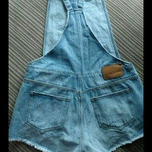 Zara trafaluc overalls size xs
